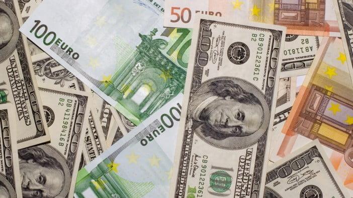 Preço Do Dólar Nas Ruas De Luanda Volta A Descer Agora Custa 340 Kwanzas