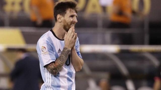 Maradona defende Messi