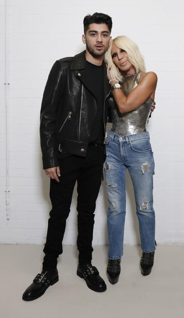 Ex-One Direction, Zayn Malik assina coleção em parceria com a Versace |Noticia|