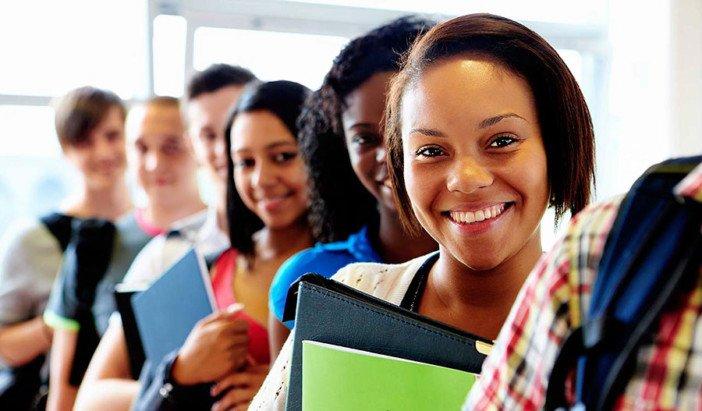 Comissão do Mercado de Capitais lança concurso para universitários. Prémio é de milhão de Kwanzas