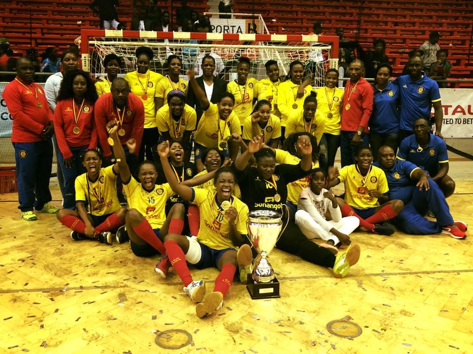Petro de Luanda sagra-se campeão da 40ª edição do Campeonato Nacional de Andebol Sénior Feminino