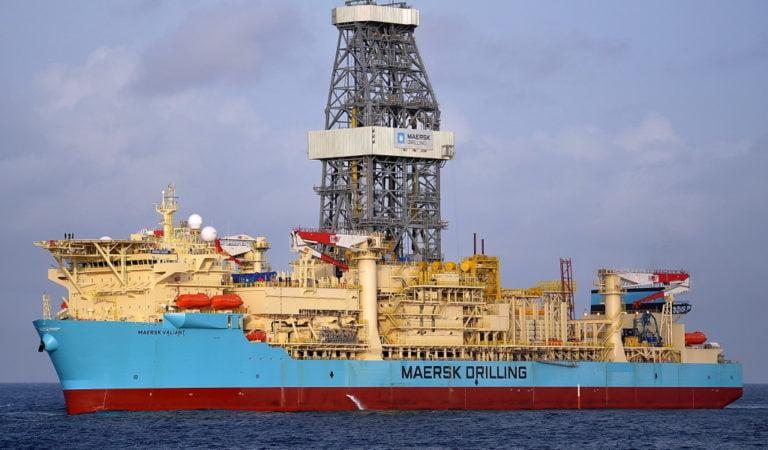 Maersk vai estabelecer novo recorde mundial com perfuração de poço com lâmina d'água de 3.628 para TotalEnergies em Angola