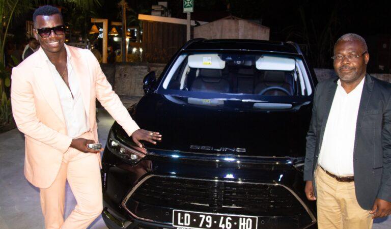 """Landrick é o novo embaixador da conceituada marca internacional de carros """"BAIC"""""""